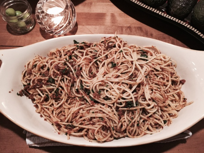 Spaghetti with toasted bread crumbs and oregano
