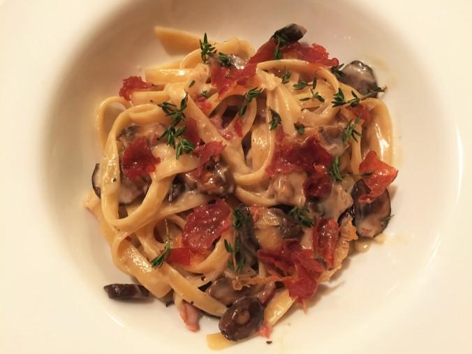 pasta-with-mushroom-and-prosciutto