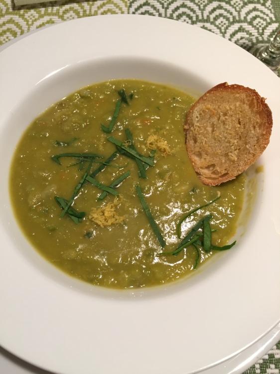split-pea-and-sorrel-soup