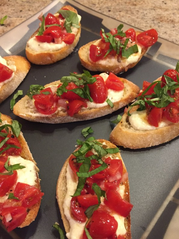 Feta tomato crostini